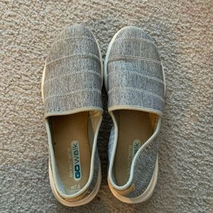 Skechers Go walks shoes SZ 7.5